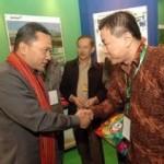 Menhut RI Tinjau Stand PT.RAPP di Indogreen Expo