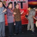 "Gubri Hadiri Pembukaan ""Sumatera Development Summit 2010"""