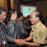 Galeri: Gubernur Riau Menghadiri Pelantikan Pengurus ISEI Pekanbaru
