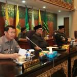 Galeri: Sekdaprov Riau hadiri Rapat Paripurna DPRD