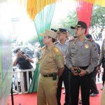 Pj Gubri Tinjau Kegiatan Posko Operasi Lilin Siak Tahun Baru 2013-2014
