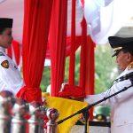 Gubri dan Wagubri serahkan Remisi HUT RI & Penurunan Sang Saka Merah Putih