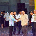 Riau Terima Penghargaan WTN 2014