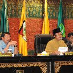Sekda Prov Riau Hadiri Paripurna DPRD