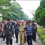 Plt Gubri Tinjau Lokasi Sementara SMAN 3 Rumbai.