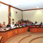 Pertemuan Pemprov Riau Dengan Anggota DPD RI