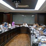 Menaker Hanif Pimpin Rapat Persiapan Pemulangan 707 TKI asal Malaysia