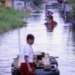 Korban Banjir di Rumbai Kesulitan Air Bersih