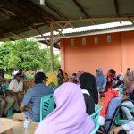 Gubri Serahkan Bibit Cabai kepada Masyarakat Jl Karya