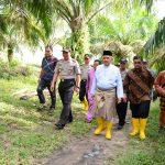 Gubri,Tinjau Lokasi Tanah Hibah Pembangunan SPN Polda Riau