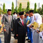 Gubri Inspektur Upacara Peringatan Hari Pahlawan Tahun 2016