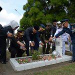 Tabur Bunga Dalam Rangka Peringatan Hari Pahlawan