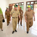 Gubri Tinjau Gedung PURIBANGTEK Riau
