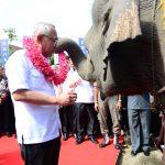 Gubri dan Ketua KPK RI Menggunting Pita memasuki Integrity Expo