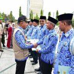 Gubri Serahkan Sertifikat Kepada Polda Riau dan Pemkab Kep Meranti