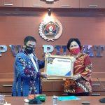 """""""PWI Jaya Award"""" untuk Wiluyo Kusdwiharto dan Sri Andini"""
