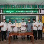 Kerjasama Bidang Catur Dharma Perguruan Tinggi, UIR dan PWI Teken MoU, MoA dan IA