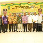 Gubri Buka RAKORNIS Bidang Industri se Prov Riau Tahun 2017 di Selat Panjang