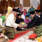 Merisik Pemberian Gelar Datuk Setia Amanah kepada Gubri oleh Lembaga Adat Melayu Riau