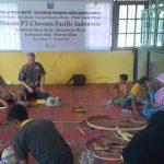 Lestarikan Budaya Lokal, Chevron Latih Pengrajin Anyaman Pandan