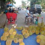 Durian Sumbar dan Sibolga Masih Terus Berdatangan ke Pekanbaru