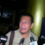 Puluhan Wartawan Berebut Dampingi Naga Bonar