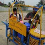 """Pedagang """"Es Dawet Ayu"""" Menyerbu Kota Pekanbaru"""