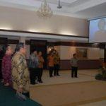 SEBELUM MAKAN MALAM… Mendagri dan Gubernur Riau Nonton 'Bareng' Debat Capres